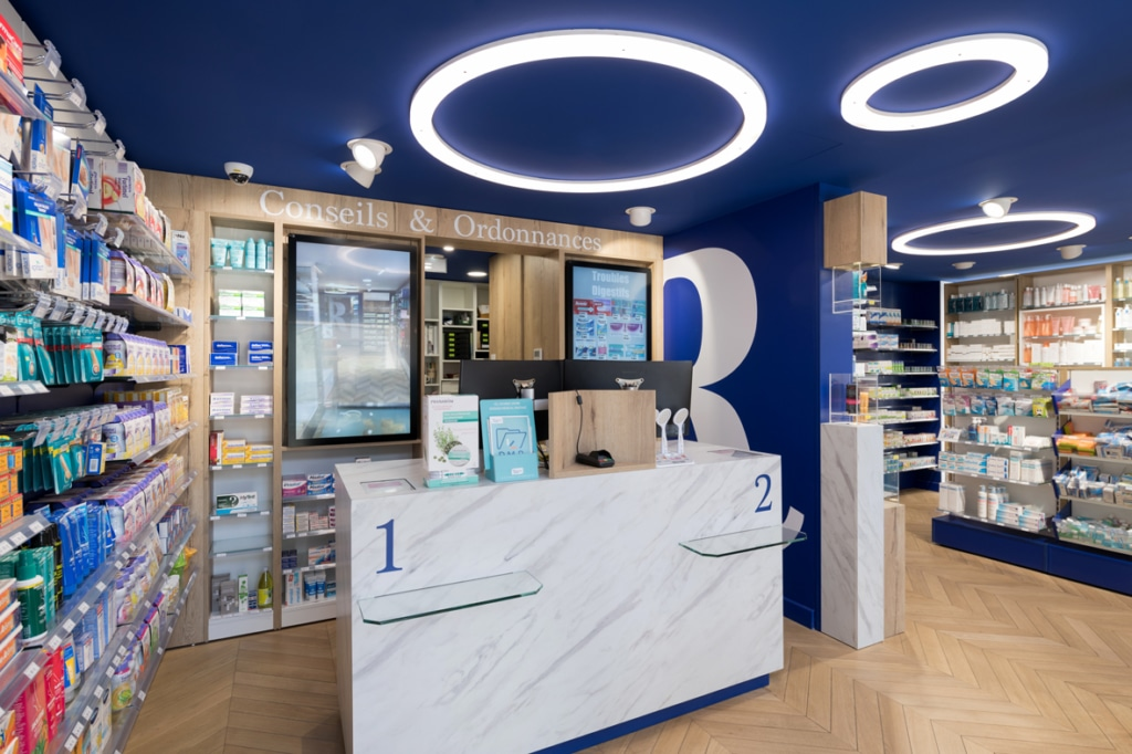 Cubik-Agenceur-Pharmacie-Republique-06-1024×682